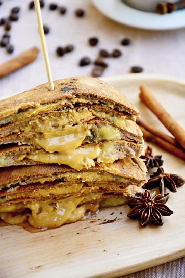 0678. Plnené proteínové lievance s arašidovým maslom a banánom_04